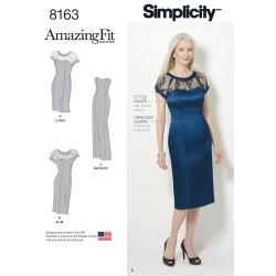 Kjole AmaZingFit også plusmode Simplicity snitmønster 8163