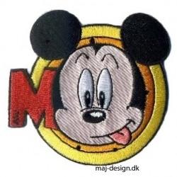 Broderet strygemærke Mickey Mouse m/bogstav Ø 7 cm