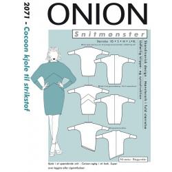 Cocoon kjole til strikstof Onion snitmønster
