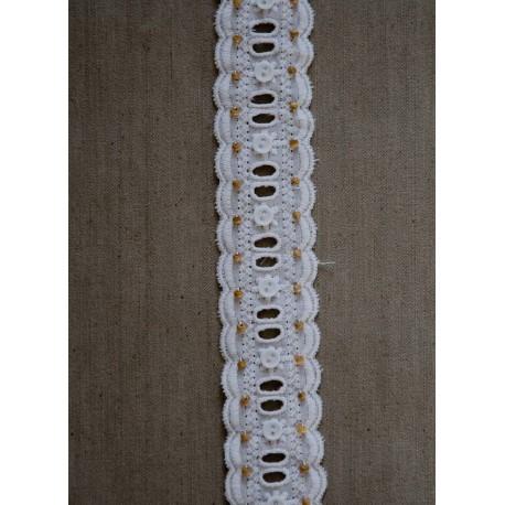 Hvidt bånd m/perle og knap,35mm