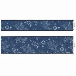 Lys denimblå bånd m/hvide blomster 25 eller 40 mm