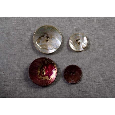 Knap 2-huls perlemor lak/guld 23mm