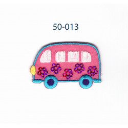 Pink/turkis bus m/palietter strygemærke 5x3 cm