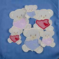 Råhvid bjørn med hjerte 12x 14,5 cm strygemærke