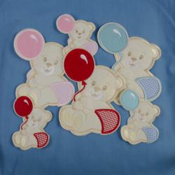 Råhvid bjørn med ballon strygemærke 12,5x17 cm
