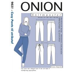Cosy Pants til strikstof Onion plusmode snitmønster 9031