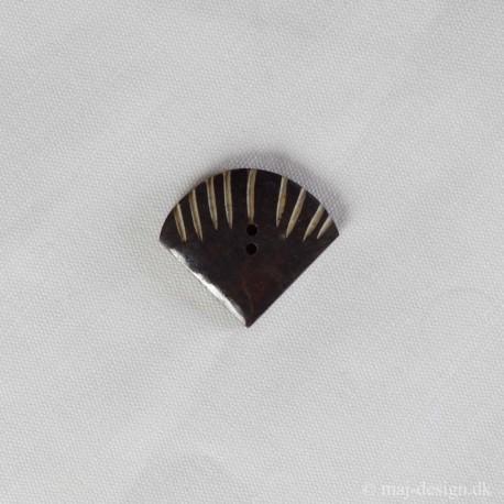 Muslinge 2-huls knap, horn, 36mm
