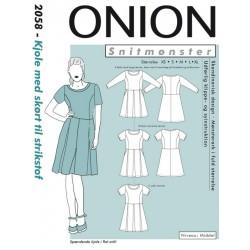 Kjole m/skørt til strik stof Onion snitmønster