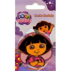 Dora Hoved 5,5x5,5 cm Strygemærke