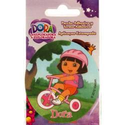 Dora på cykel ø 7,5 cm PRINTET strygemærke