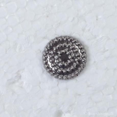 Metal knap med øje oxyderet sølv 17mm