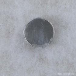Knap m/øje Grå m/sølv kant 25mm