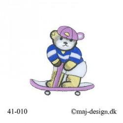 Stor Bjørn m/Lilla Skateboard strygemærke