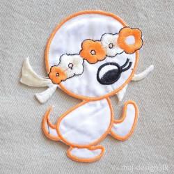 Kylling Orange/hvid m/blomster Krans strygemærke