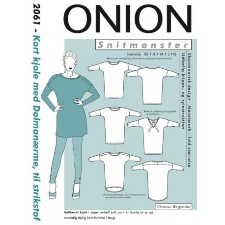 Kort Kjole med dolmanærmer til strikstof Onion snitmønster 2061