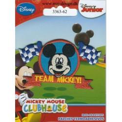 Team Mickey broderet strygemærke 8x4 cm