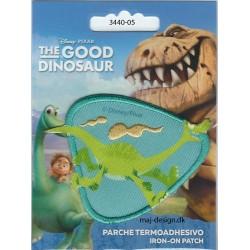 Den gode dinosaur Arlo Broderet strygemærke 8x6 cm